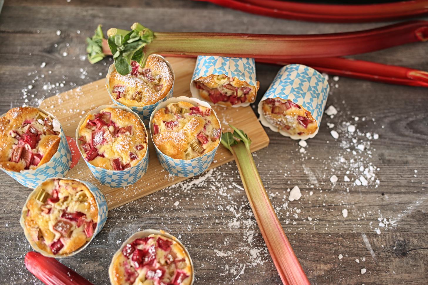 Puderige Rhabarber Muffins