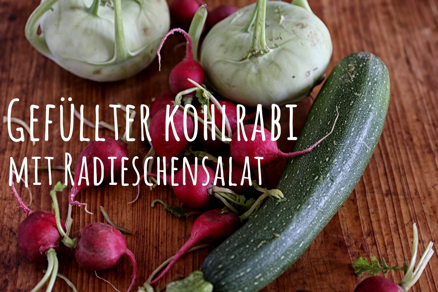 Gefüllter Kohlrabi mit Radieschensalat